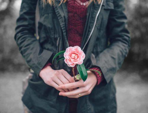 Liebt sie mich? – 14 ultimative Anzeichen, dass sie dich will!