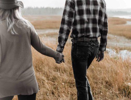 Kontrollierende Männer in der Beziehung – Wie der Umgang gelingt
