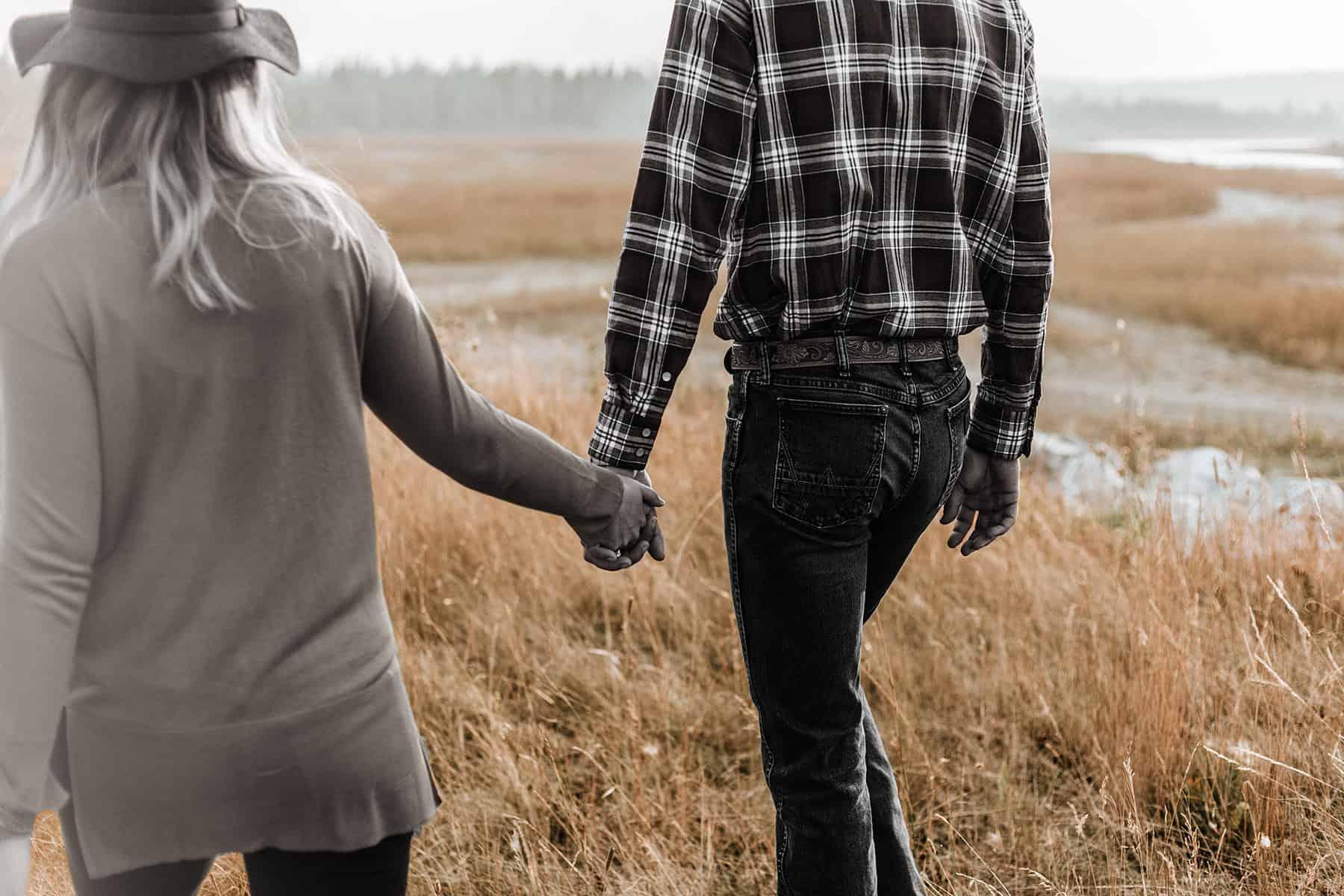 Kontrollierende Männer in der Beziehung